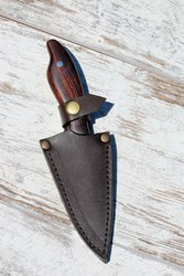 Продам новый цельнометаллический нож ручной работы.